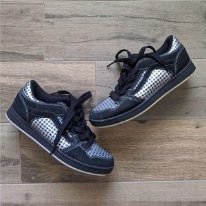 Vans Cutter Skateboard Sneaker Black & Silver 9